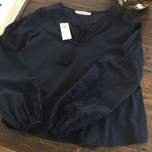 🛑3/$35🛑 NWT A&F Linen bell-sleeve peasant blouse